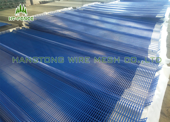 China Anti Climb Clearvu Steel Wire Mesh Panels 75 × 12.5mm Hole For Oil Field supplier