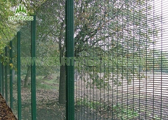 China Galvanized Finished 358 Security Fence With φ600mm BTO - 22 Type Concertina supplier