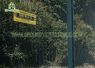 China Q235 Grade Anti Climb Security Fence Fireproof With Heat - Resistance supplier