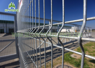 China Hot Dipped Galvanized Welded Mesh Fence Heat Resistant With I Beam Post supplier