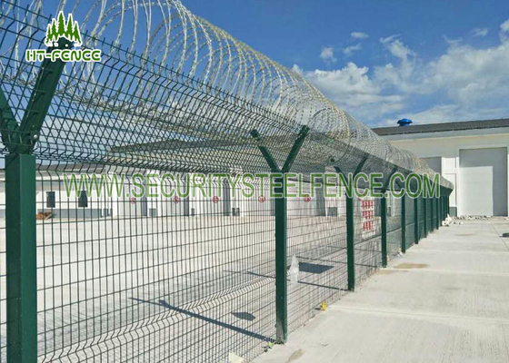 China Airport Anti - Aging Welded Mesh Fence , Green PVC Coated Wire Mesh Fencing supplier