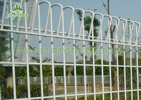 China High Security Decorative Wire Garden Fencing With Angle / Roll / Round Top supplier