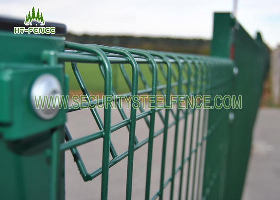 China 0.9m Height BRC Roll Top Mesh Fencing 50 × 200mm Hole For Garden / Parks supplier