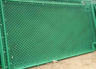 China 3mm -4mm PVC Coated Galvanized Steel Chain Link Fence with Diamond Hole 6FT Height supplier