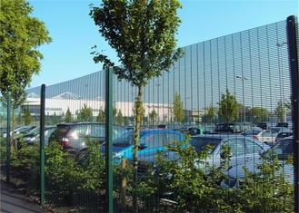 China Industrial Anti Climb Prison Fence Hot Dipped Galvanized Steel Material supplier