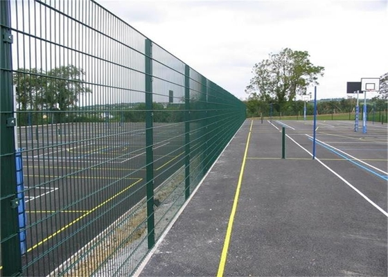 China Horizontal Double Beam Twin Wire Mesh Fencing With Electro Galvanized supplier