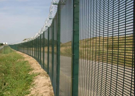 China Black Low Carbon 358 Security Fence 72.6 * 12.7mm Anti Climb Fence supplier