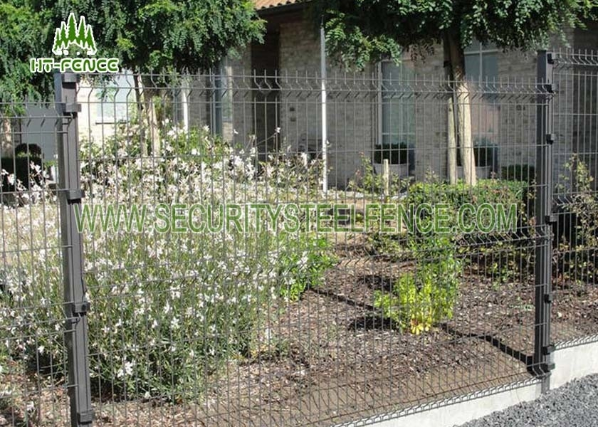 Black Welded Wire Garden Fence With 3D Curved Type Powder Coating Finished