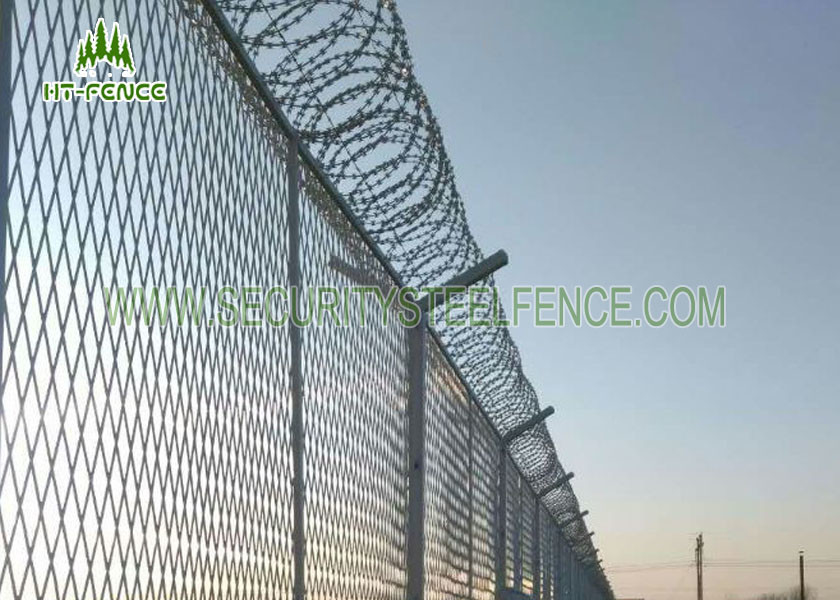 PVC Coated 4.0mm Wire Welded Mesh Fence Waterproof With SHS 60 ...