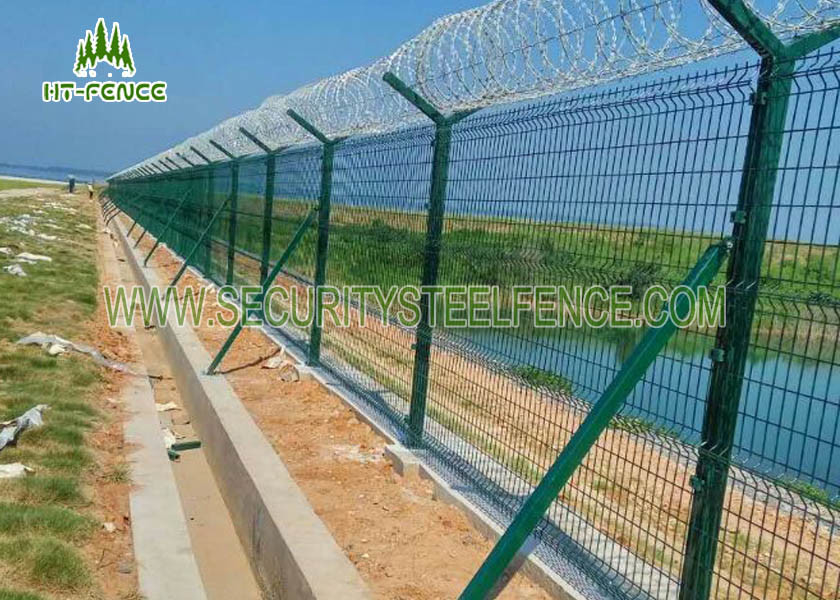 Easy Install Powder Coated Fence Panels 2.03 × 2.5m With 50 × 200mm Mesh