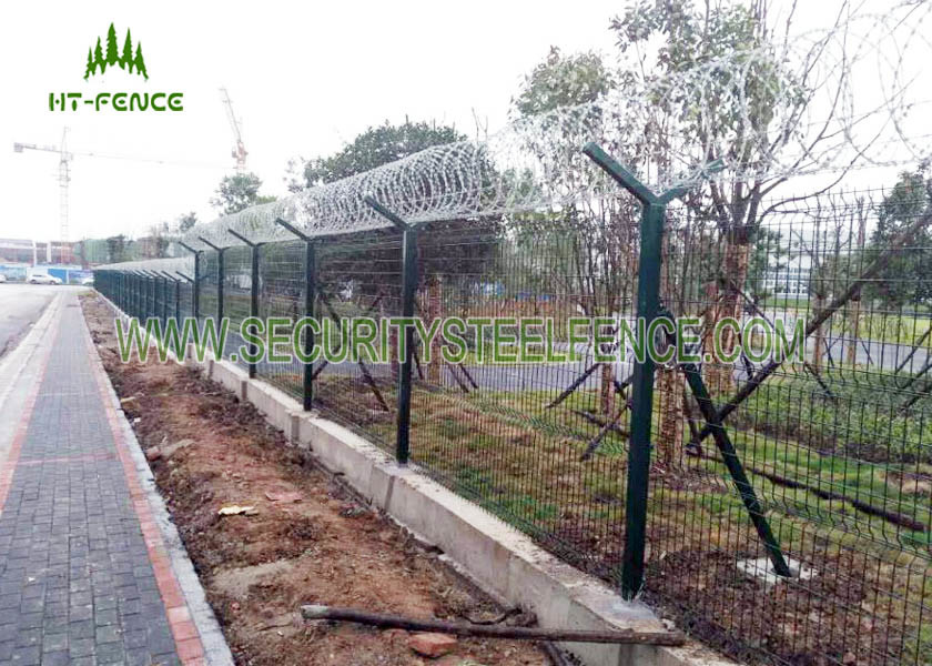 1.73 × 2.5m Welded Mesh Fence / Pvc Coated Welded Wire Mesh Panels ...