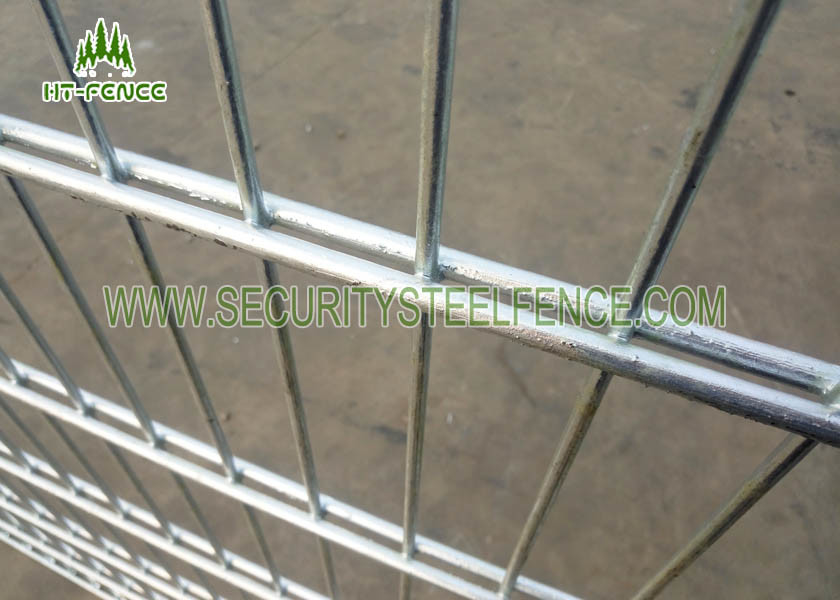 Security Double Loop Ornamental Wire Fencing With φ 500 Razor Wire Top