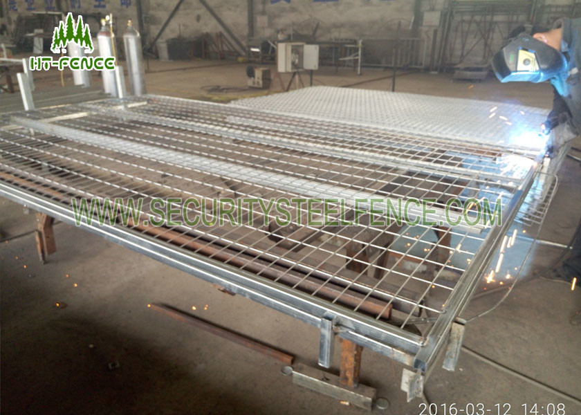 Mobile Temporary Fence Panels , Stainless Steel Welded Wire Mesh Panels