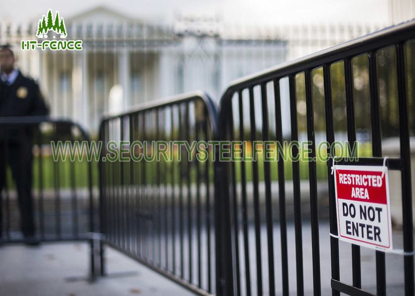 Temporary Outdoor Crowd Control Barriers Hot Dipped