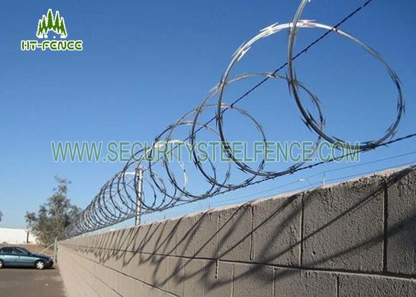 Pre Galvanized Concertina Razor Wire φ 600mm For Site Security ...