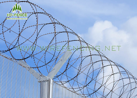 Anti Scaling Stainless Steel Concertina Wire / Coiled Barbed Wire For Border Fence