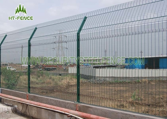 China Heavy Duty Welded Anti Climb Mesh Fencing With Erosion Resistance Powder Coating factory