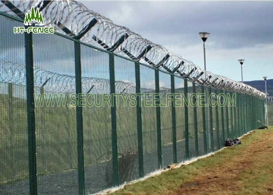China Custom Metal Security Fence Panels , Wire Mesh Security Fencing CE Approved factory