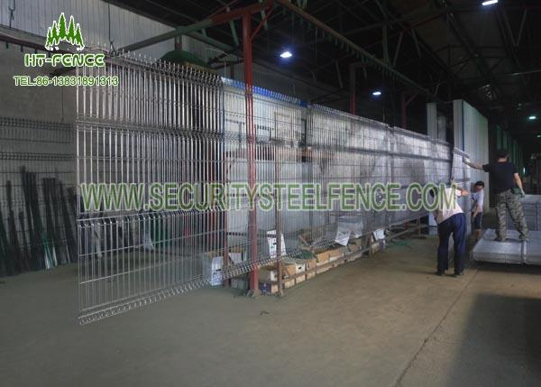 Welded 3D Welded Wire Fence Panels Triangle Bending For Water Treatment Works