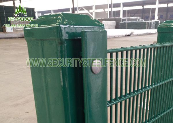 Walkway Perimeter Wire Mesh Security Fencing With Various Color Choice