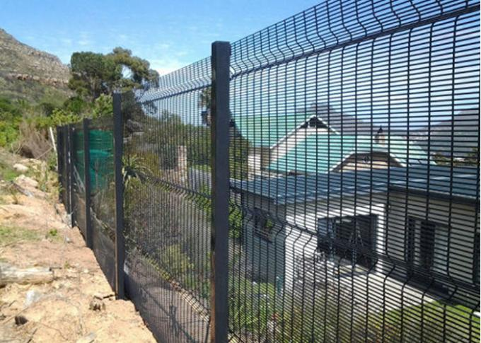High Security Prison Mesh Fence Panels / 358 Anti Climb Fence